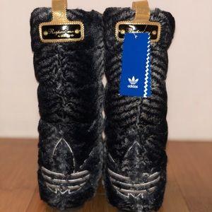 d58d8eeff10 adidas Shoes - Super Rare Adidas Respect M.E. Faux Fur Boots Sz 7